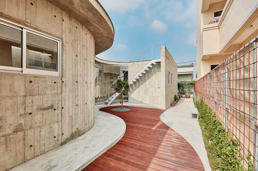 IN/house a Fieldevo Design Studio