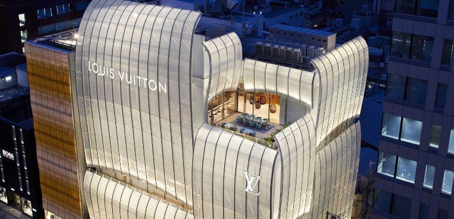 Le Cafe V Louis Vuitton